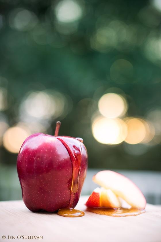 Shana Tova! Rosh Hashana Apples and Honey